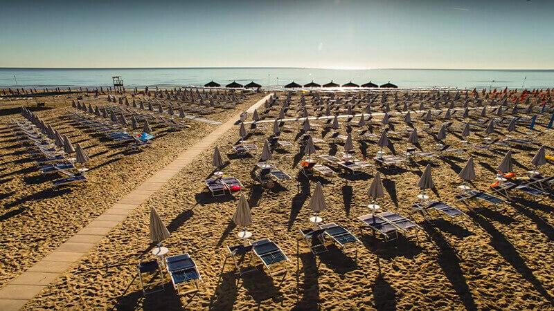 La spiaggia dorata di Giulianova - Hotel Cristallo