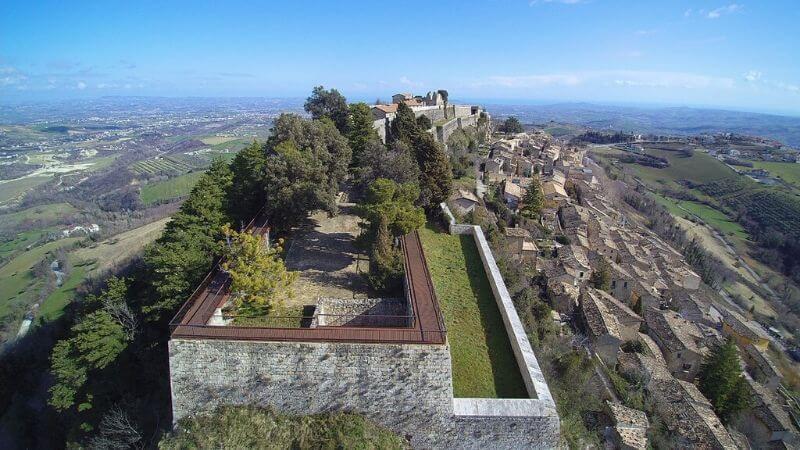 La Fortezza di Civitella del Tronto a pochi chilometri dall'Hotel Cristallo di Giulianova